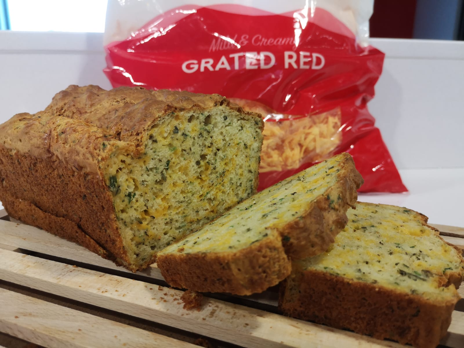 Kerrymaid Grated Red Cheesy Loaf